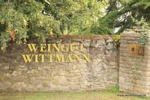 Goldene Letter vom Weingut Wittmann