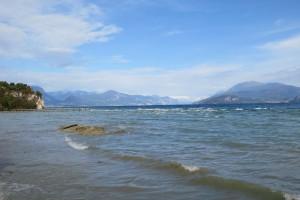 Lugana liegt im Süden des Gardasees